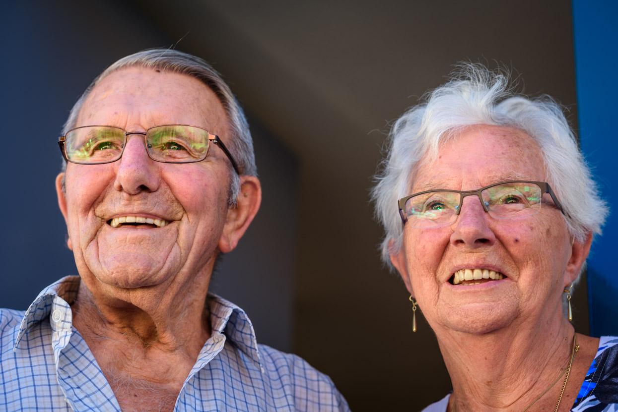 portret van twee verliefde ouderen